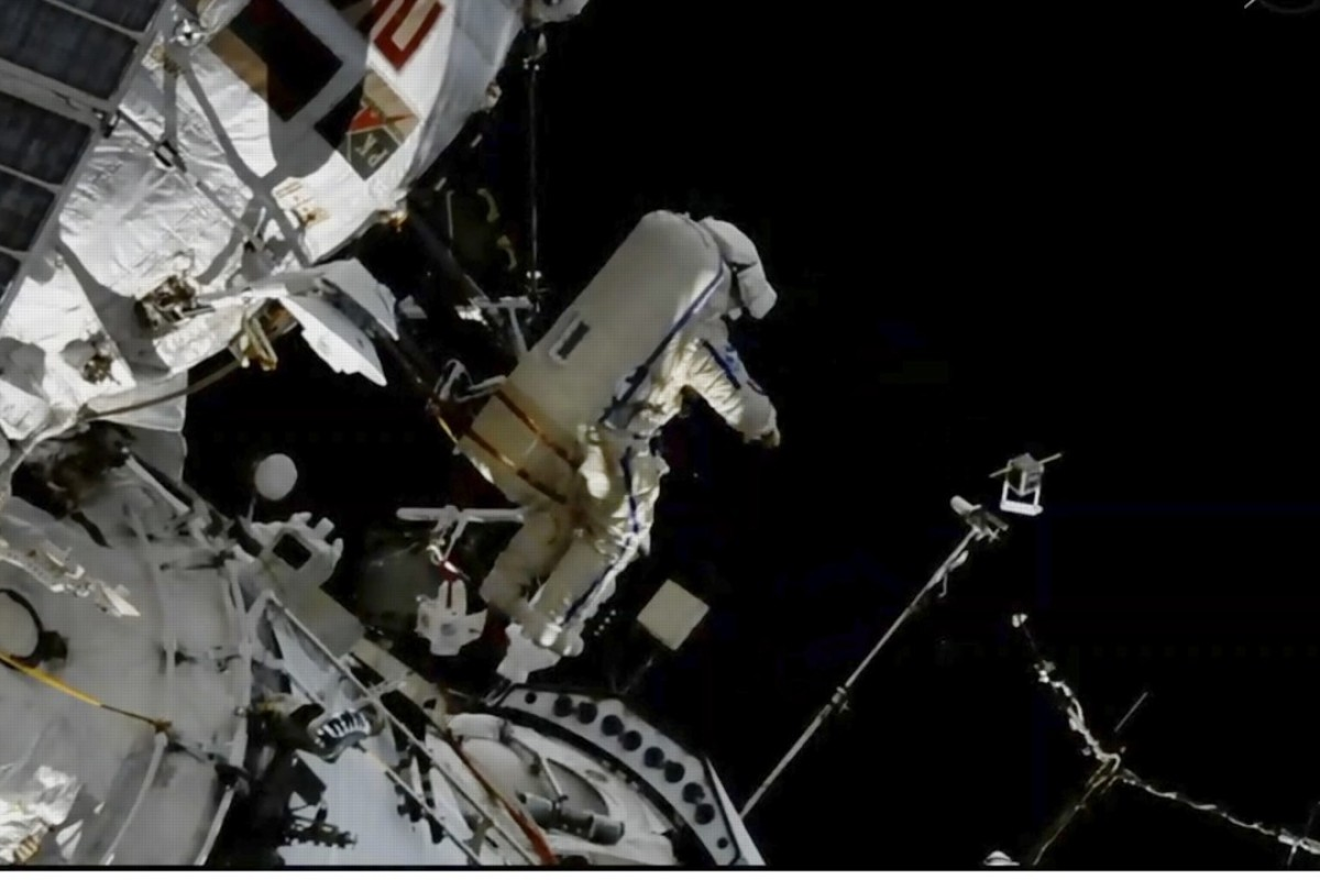 Was it sabotage? Russian chief has a shocking suspicion about space station leak, caused by drilled hole