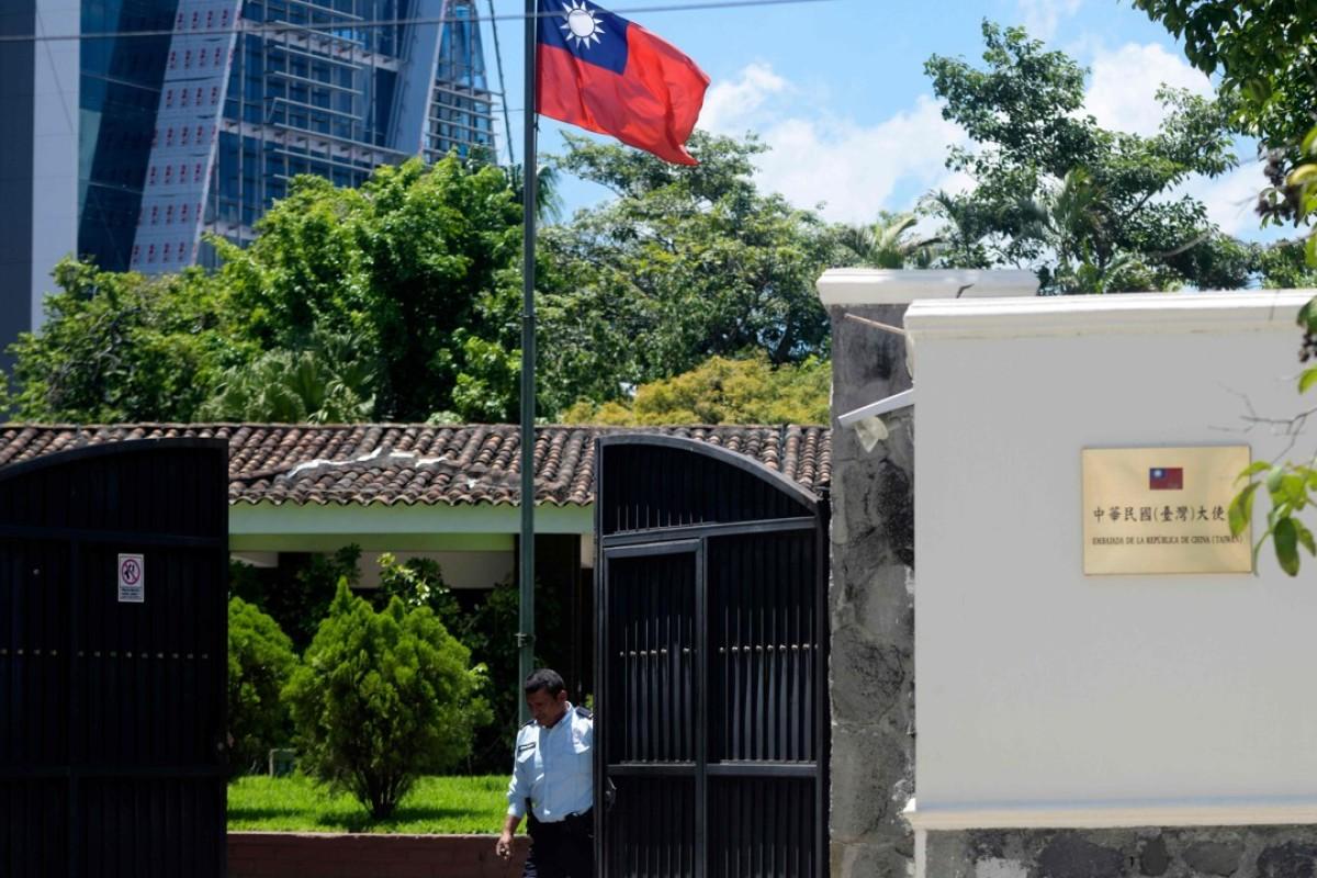 Us Recalls Top Diplomats After Three Taipei Allies In Latin