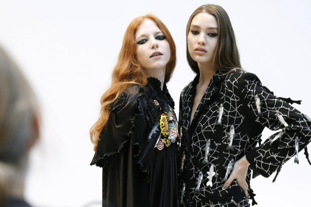 How the wealthy gain VIP access to Fashion Week | South China