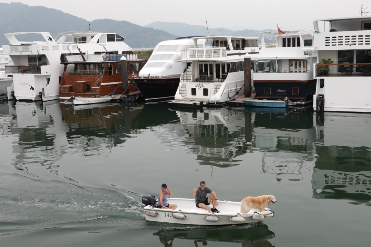 Living on a boat in Hong Kong a 'legal grey area', say lawyers as