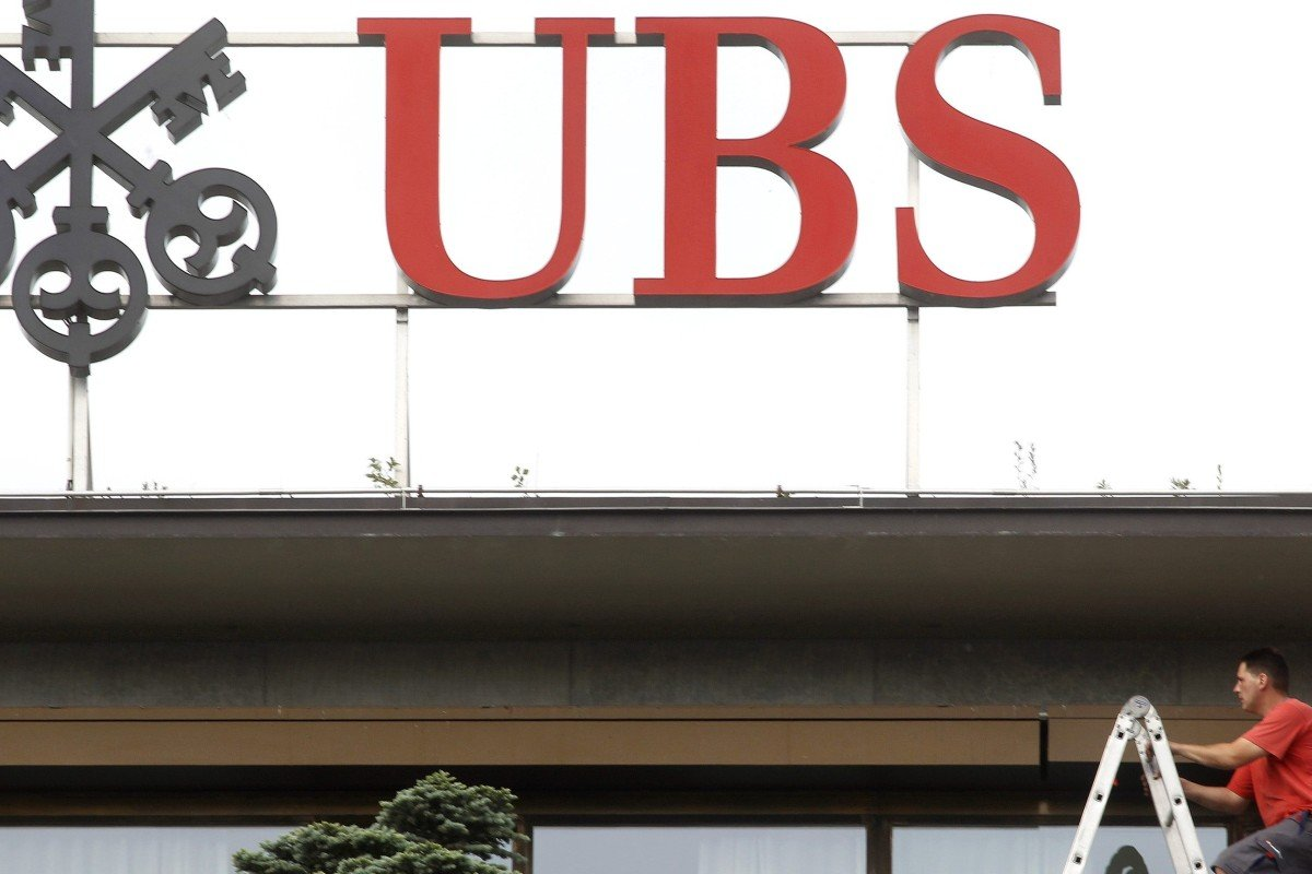 UBS is accused in Paris tax-evasion trial of tactics akin to