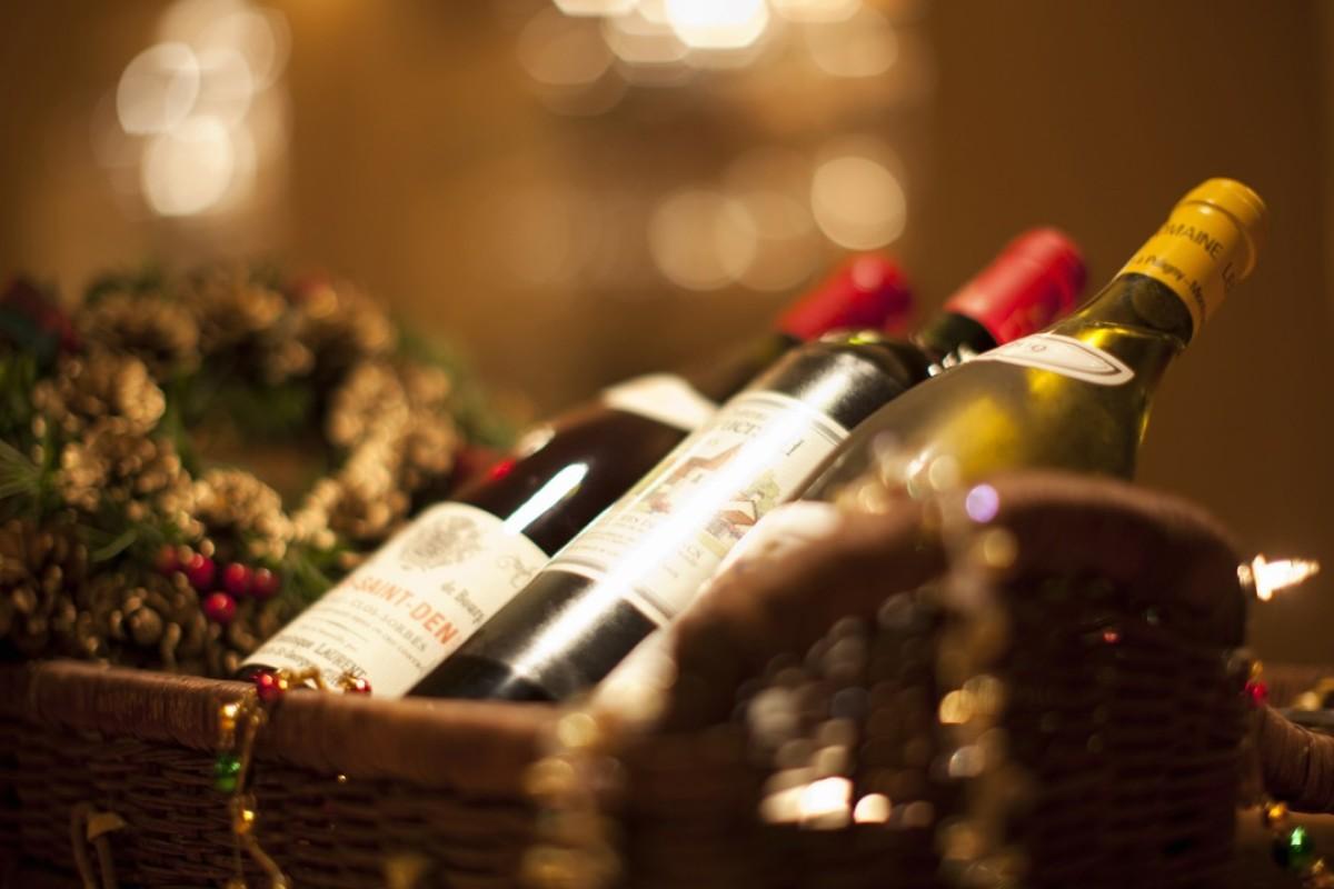 Christmas Gifts For Wine Lovers.Six Christmas Gifts For Wine Lovers That You Will Want To