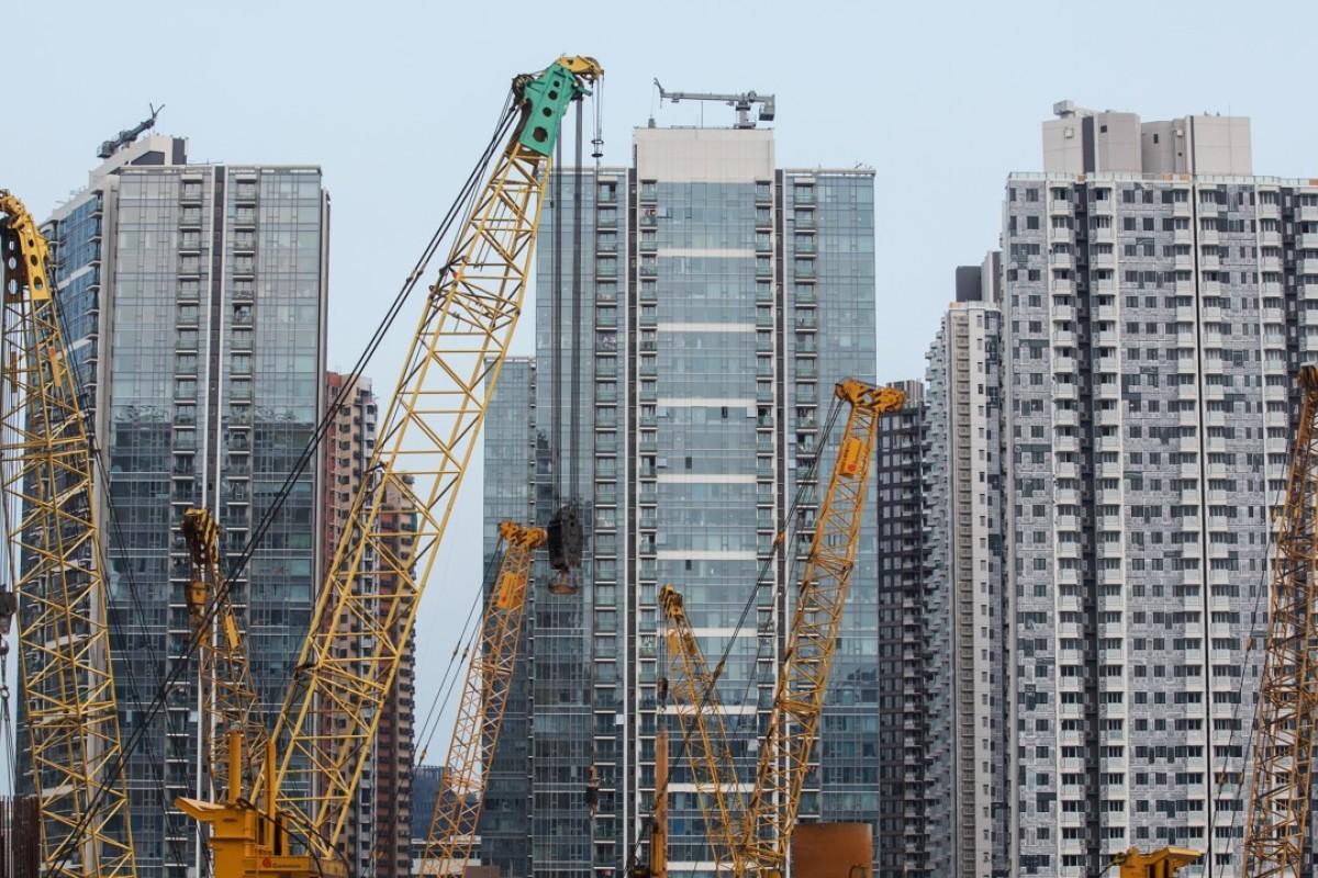 IMF endorses Hong Kong's wait-and-see housing policies as