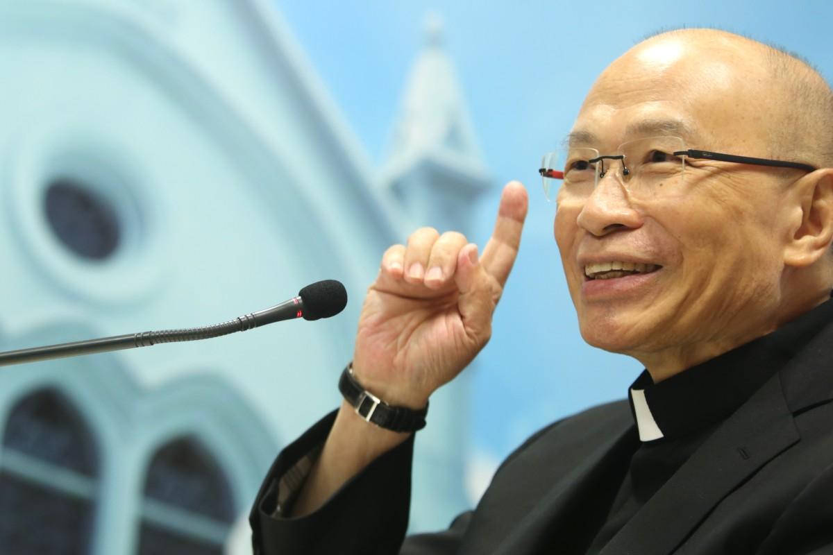 Hong Kong Catholics mourn their leader Michael Yeung Ming-cheung who