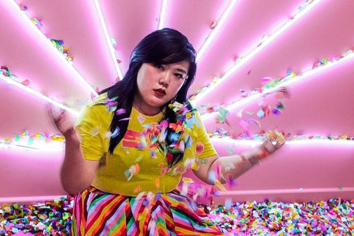 2e34244f4f6 New York-based plus-size fashion influencer Scarlett Hao has opened social  media accounts