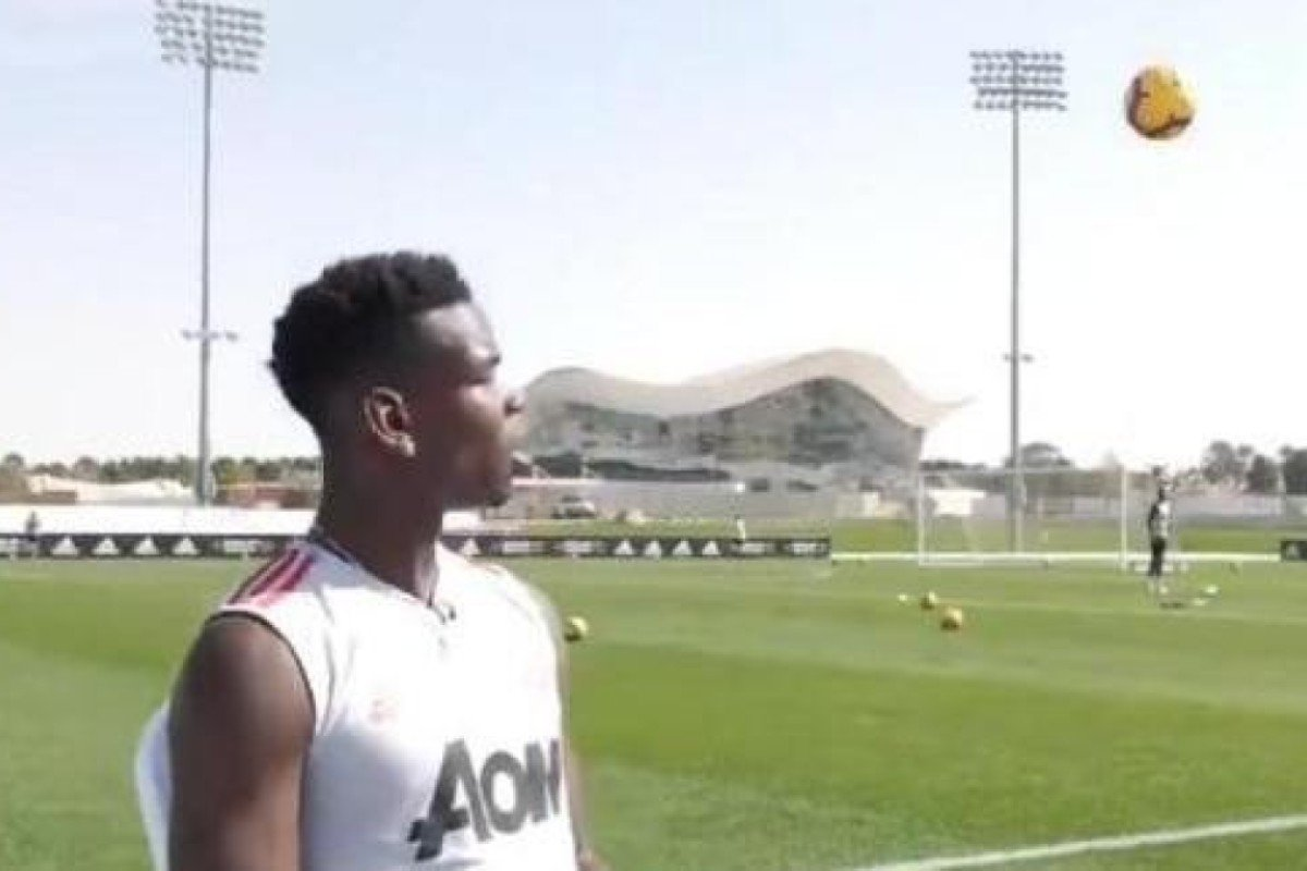 the latest a03b3 ac9d8 Paul Pogba's first touch a thing of beauty as Manchester ...