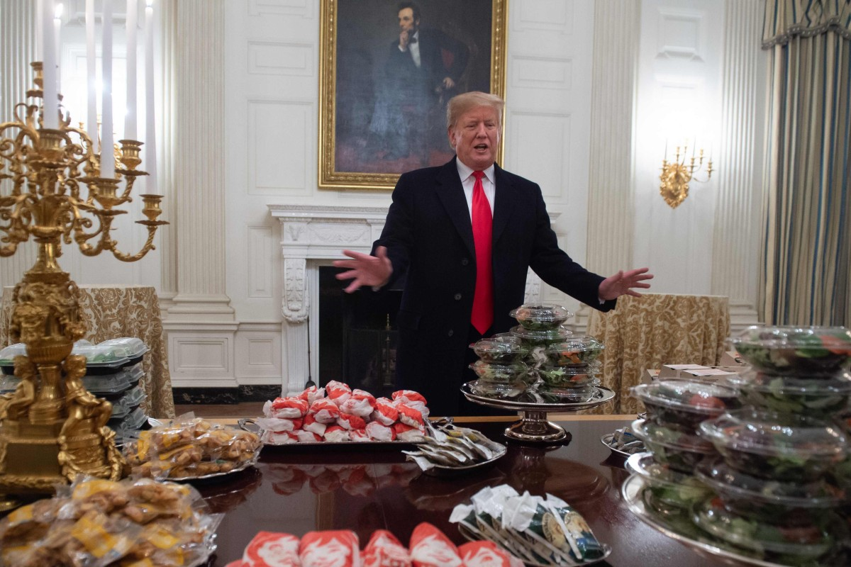 Trumps Budget Takes Aim At My Sweet Son >> Fast Food Fan Donald Trump Foots Bill For Burger Feast As