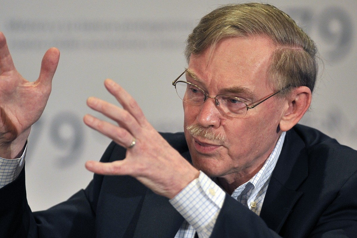 """Former World Bank president Robert Zoellick disagrees with US President Trump's trade war, saying """"You can't contain China"""". Photo: AFP"""