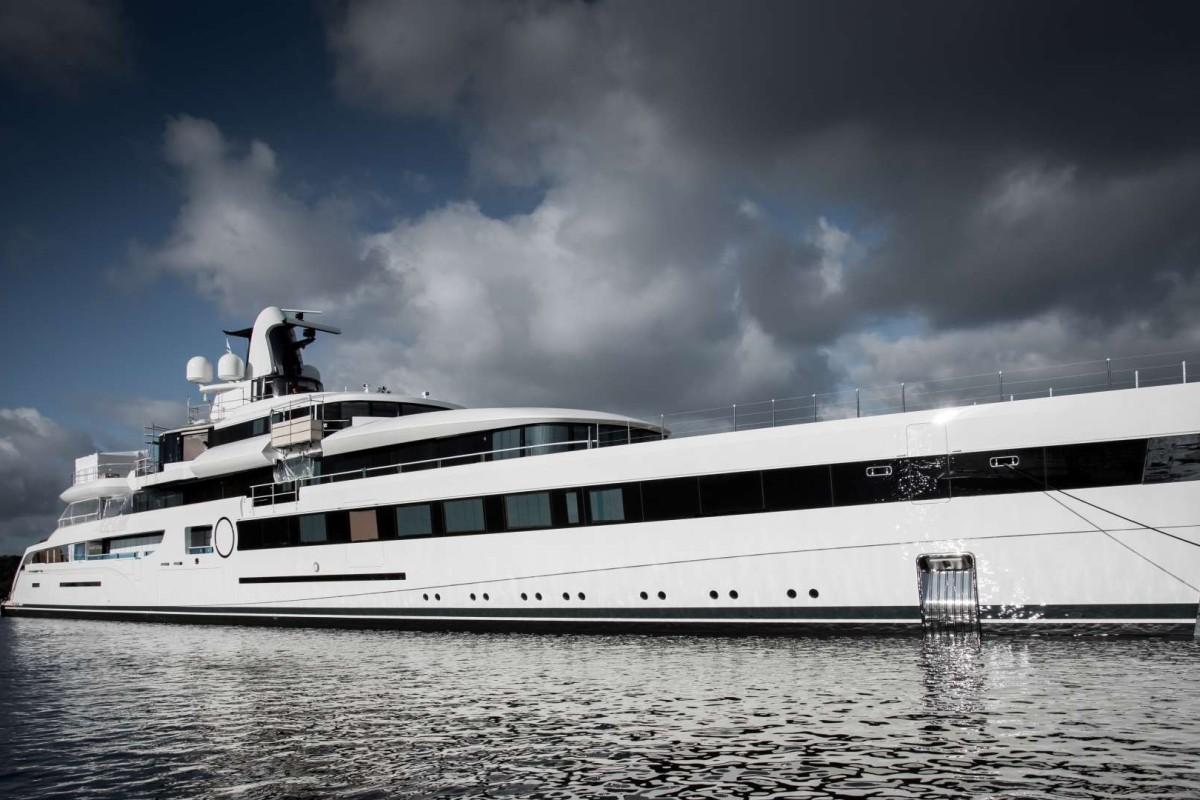 c45f41111554 Showboat  billionaire NFL team owner Dan Snyder has first oceangoing ...