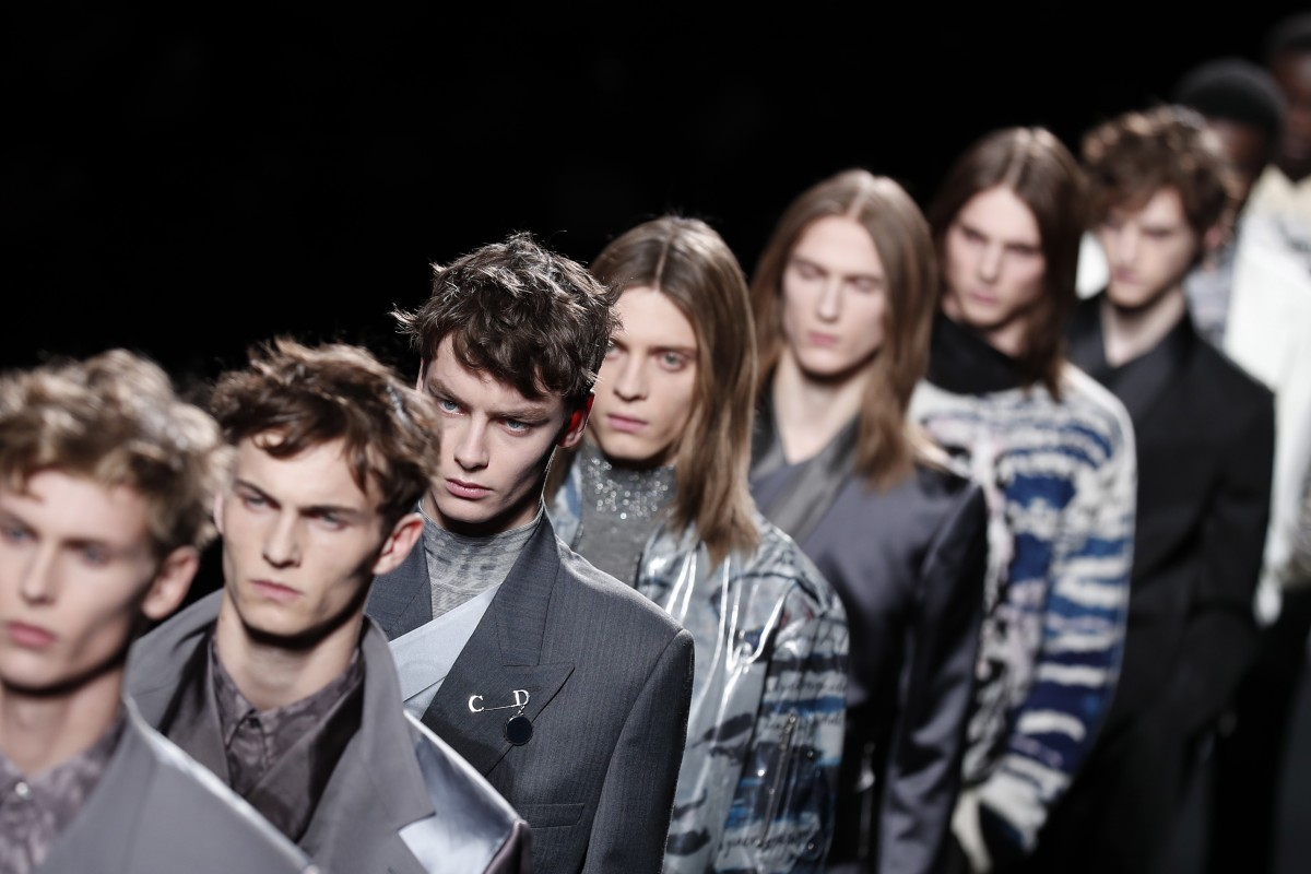 Paris Fashion Week Dior S Statuesque Models Cut A Dash As Well Tailored Suits Make A Comeback South China Morning Post