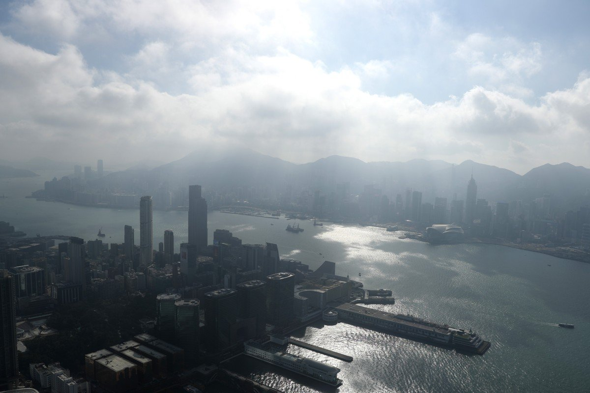 f1c84fc7403ee Hong Kong is a city with its own share of problems, but be wary of
