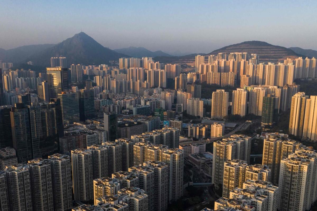 HSBC sounds alarm over 'vulnerable' Canadian housing market as