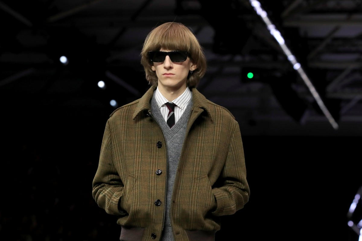 Paris Fashion Week Hedi Slimane Cuts A Dash With His Skinny Suited Celine Designs For Men South China Morning Post