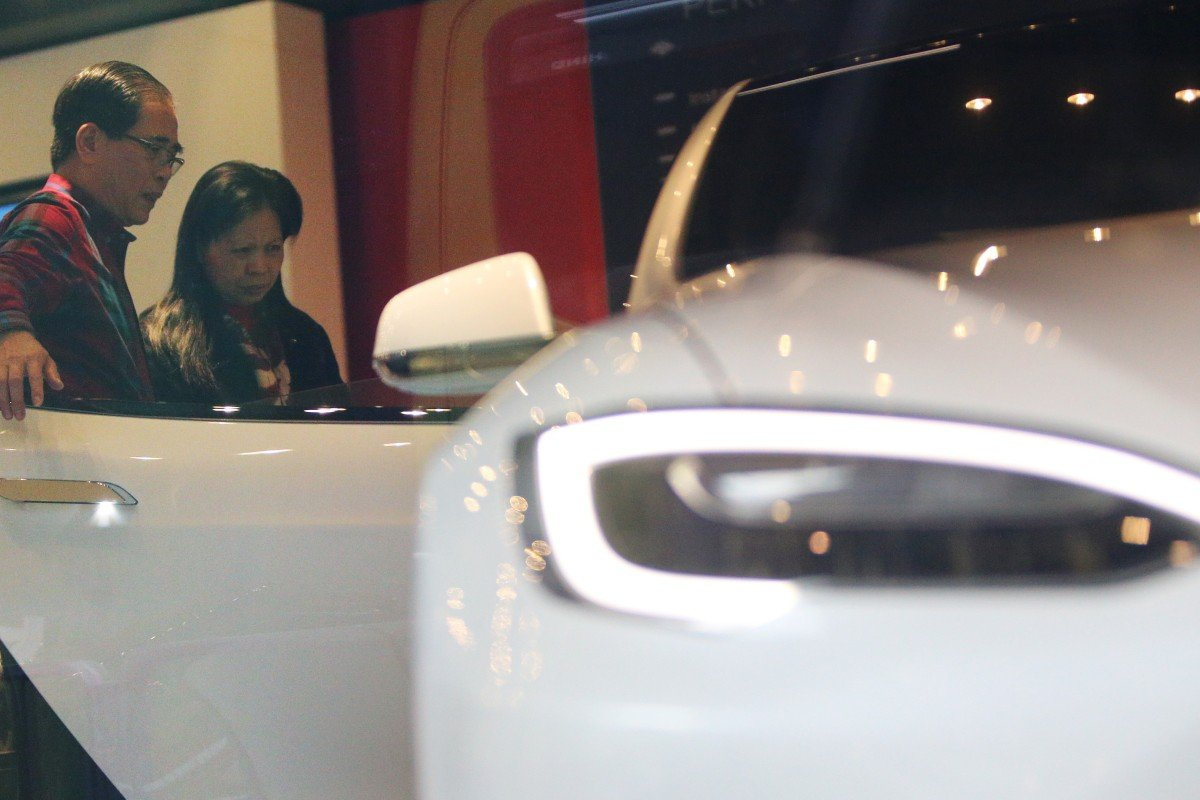 Potential Ers Visit A Tesla Showroom In Wan Chai Photo Son Lee