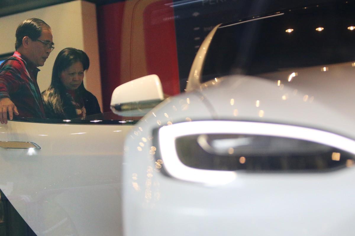 Hong Kong Accelerates Electric Car Scheme After Just 321 Motorists