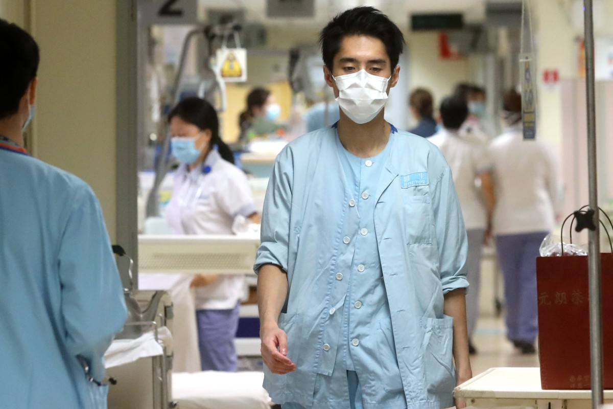 e800768371035 With the inpatient ward occupancy rate exceeding 120 per cent in some Hong  Kong districts,