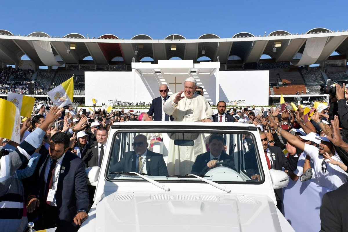 Pope Francis' first-ever public mass in UAE draws thousands