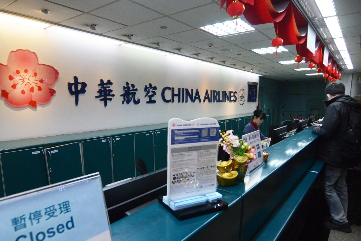 China Airlines agrees to meet pilot union after strike causes travel