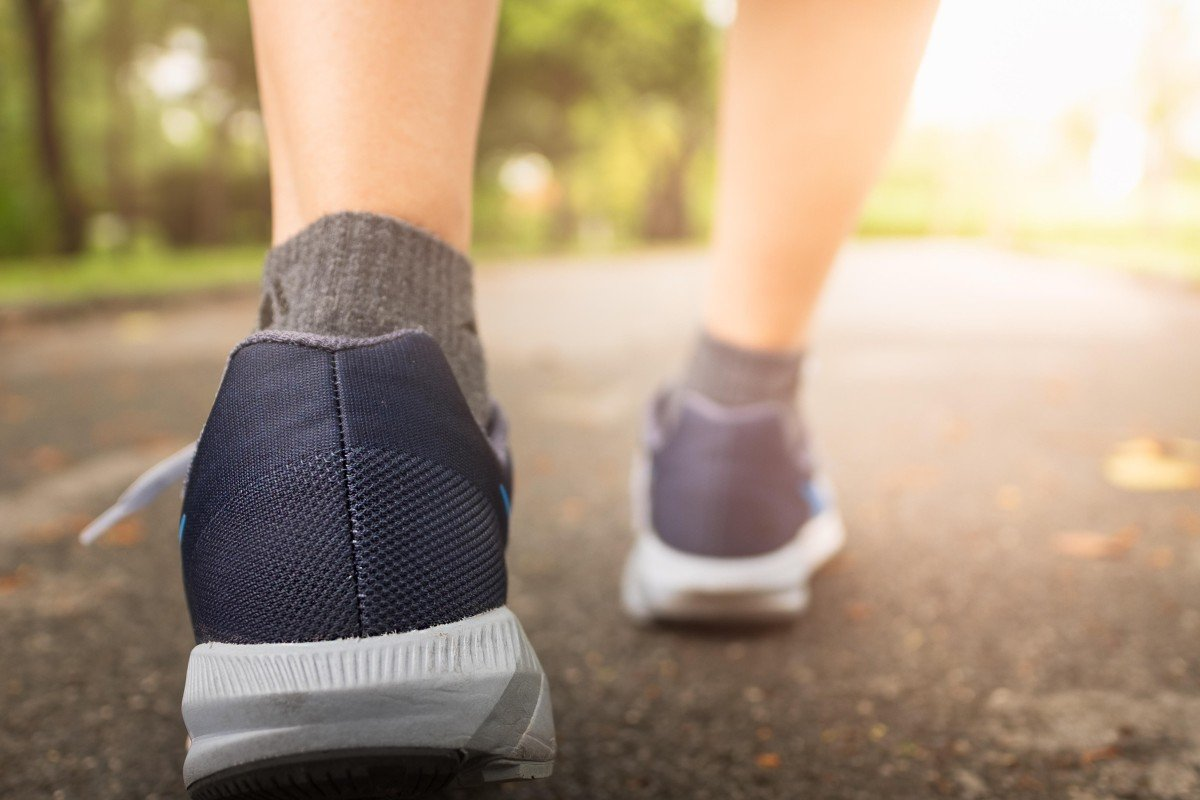 Doing 100 steps in a minute is enough exercise to keep you fit and healthy, scientists say