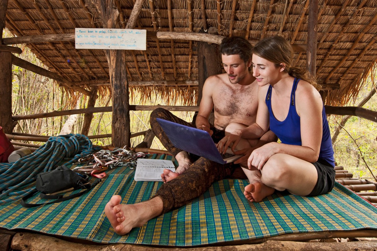 Digital nomads turn to 'transformative travel' to find themselves and connect with global communities offline