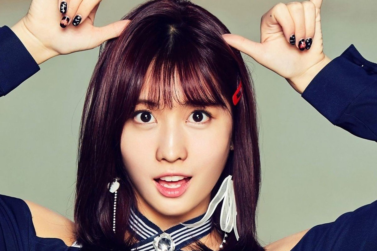 How does Momo of K-pop girl band TWICE keep her abs ripped? | South