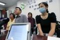 Lee Mei-chun, Tse Chi-hang, his wife Katas Chow and survivor Yik Siu-ling urge support. Photo: David Wong