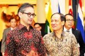 Indonesian Foreign Affairs Minister Marty Natalegawa (left) and Secretary-General of Asean Le Luong Minh. Photo: Xinhua