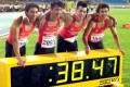 Lai Chun-ho (second to the left)