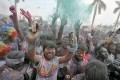 Participants in the Color Run in Guangzhou. Photo: Reuters