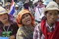 Thai farmers rally outside the Commerce Ministry in Bangkok on Thursday. Photo: AP
