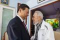 Cuba's Fidel Castro speaks with President Xi Jinping in Havana. Photo: AP