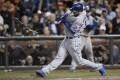 Royals batter Eric Hosmer breaks his bat in the  sixth inning. Photo: EPA