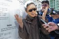 Rafael Hui's wife Teresa Lo visits him at Lai Chi Kok Reception Centre.Photo: Bruce Yan
