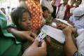 HIV tests are taken in the Roka commune of Cambodia's Battambang province. Photo: Xinhua