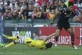 Young All Blacks Sevens gun Rieko Ioane makes life difficult for Australia. Photo: KY Cheng/SCMP