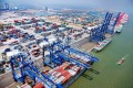 A grand shipping and logistics gathering, the 'China Shipping 50 Forum', was held in Nansha District last January, attracting over 300 representatives of leading enterprises in the field.