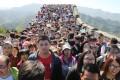 Tourists cram onto the Great Wall in Beijing. Photo: Xinhua