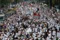 Hardline Muslim groups protest against Jakarta's incumbent Governor Basuki Tjahaja Purnama, an ethnic Chinese Christian running in the upcoming election. Photo: Reuters