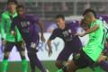 Leonardo scores with a penalty for Jeonbuk Hyundai Motors against Al Ain. Photo: AFP