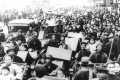 Shanghai citizens try to enter the international settlement to take refuge from Japanese armed forces bombings, in August 1937. Photo: Keystone