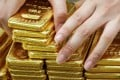 Swiss customs data shows that gold bullion exports to China rose to 158 tonnes in December from 30.6 tonnes in November. Photo: Bloomberg