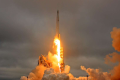 FILE PHOTO -- A SpaceX Falcon 9 rocket lifts off on a supply mission to the International Space Station from historic launch pad 39A at the Kennedy Space Center in Cape Canaveral, Florida, U.S., February 19, 2017. Photo: REUTERS/Joe Skipper/File photo