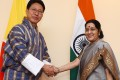 Bhutanese foreign minister Damcho Dorji and Indian foreign minister Sushma Swaraj (right) held a bilateral meeting on August 11 in Kathmandu, Nepal. Both India and China are important to Bhutan, but neither is an overlord of Bhutan. Photo: AFP