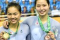 Sarah Lee (left) and Vivan Ma with their medals. Photo: HK SF&OC