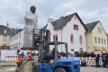 Workers install a statue of German philosopher Karl Marx in Trier, Germany. Photo: AFP