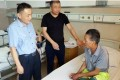 Chinese street cleaner Chen Xingquan, 66, needed hospital treatment after being attacked. Photo: Qq.com