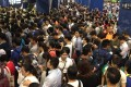 Chaos in Tai Wai MTR station as commuters find their way to work. Photo: Cheng Kim Fung