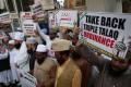 Muslims in Mumbai protest against a move to ban triple talaq. Photo: EPA