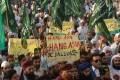 Supporters of Tehreek-e-Labaik Ya Rasool Allah, a hardline religious party, demand Asia Bibi's execution. Photo: AFP