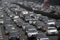 For the first time since the 1990s, car sales in the world's biggest car market shrank in 2018, as China grapples with a slowing economy and the trade war with the United States. Photo: Reuters